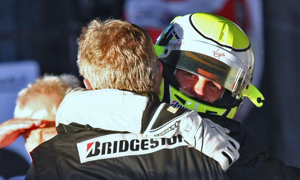 29.03.2009 Melbourne, Australia, Ross Brawn (GBR) Brawn Grand Prix Team Principal with 1st place Jenson Button (GBR), Brawn GP
