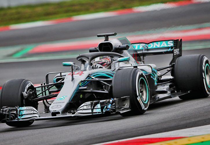 Lewis Hamilton (GBR) Mercedes AMG F1 W09