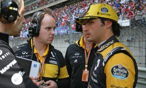 Sainz ready for future with Renault, if Red Bull agrees