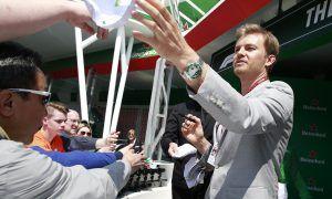 Rosberg sends staunch warning to Hamilton's rivals