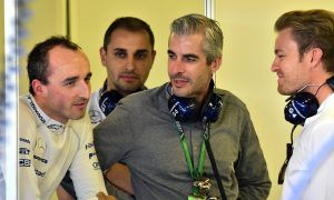 Rosberg relinquishes management role with Kubica