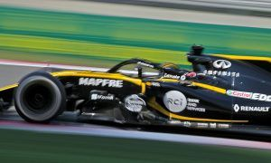 Renault feeling the pressure ahead of home race