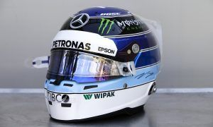 Bottas honors Häkkinen with special tribute helmet