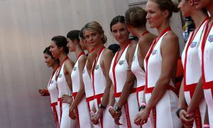 Grid girls return, and Vettel and Hamilton are delighted!