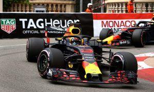 Ricciardo tops FP3 as Verstappen puts himself in the barriers!