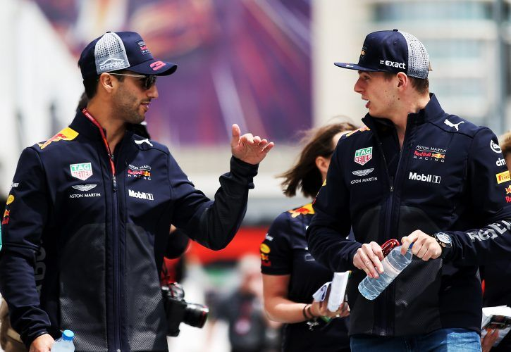 Lewis Hamilton & Sebastian Vettel back return of 'beautiful' grid girls