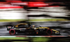 Hulkenberg rues fuel issue as Sainz maintains home record