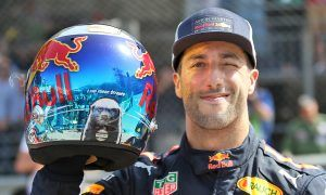 Record Monaco pole lap 'a lot of fun' for Ricciardo