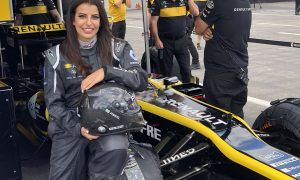 Renault hands the keys to F1 to first Saudi Arabian woman driver