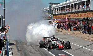 More bad luck for Grosjean with qualie pit lane blow-up