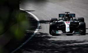 Ricciardo impressed by Mercedes pace on harder tyre