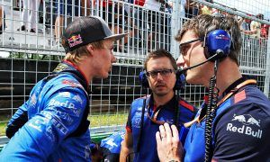 Brendon Hartley (NZL) Scuderia Toro Rosso on the grid.