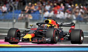 'Disappointed' Ricciardo misses out on podium due to damage