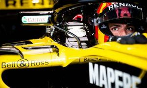 Renault pushes Red Bull for quick decision on Sainz