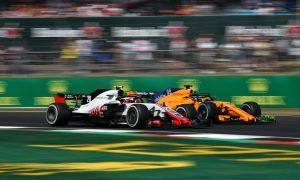 Stewards too 'soft' on Magnussen - Alonso