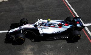Williams rear wing aero issue 'never seen before' by Lowe