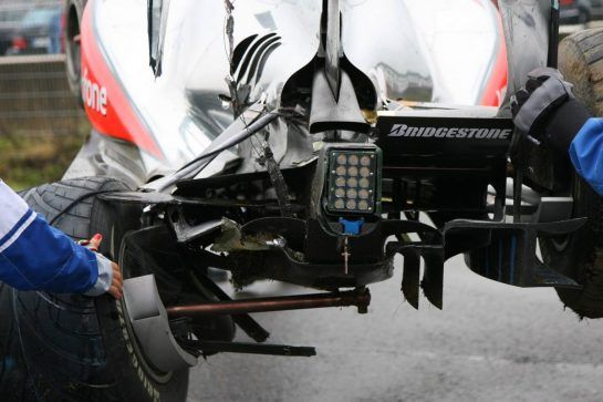 23.07.2010 Hockenheim, Germany, Lewis Hamilton (GBR), McLaren Mercedes crashed during the session - Formula 1 World Championship, Rd 11, German Grand Prix, Friday - www.xpb.cc, EMail: info@xpb.cc - copy of publication required for printed pictures. Every used picture is fee-liable. © Copyright: Batchelor / xpb.cc