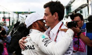 Hamilton and Mercedes finally agree to new two-year deal!