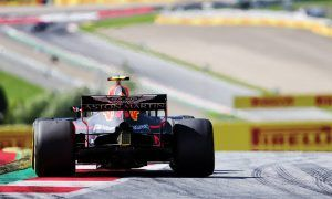 Verstappen still sees Renault engine as Red Bull's big problem