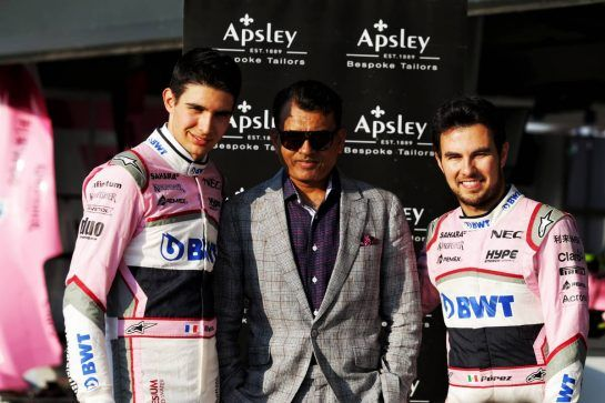 (L to R): Sergio Perez (MEX) Sahara Force India F1 with Arshad Mahmood, Apsley Taylors CEO and Esteban Ocon (FRA) Sahara Force India F1 Team. 05.07.2018. Formula 1 World Championship, Rd 10, British Grand Prix, Silverstone, England, Preparation Day. - www.xpbimages.com, EMail: requests@xpbimages.com - copy of publication required for printed pictures. Every used picture is fee-liable. © Copyright: Moy / XPB Images