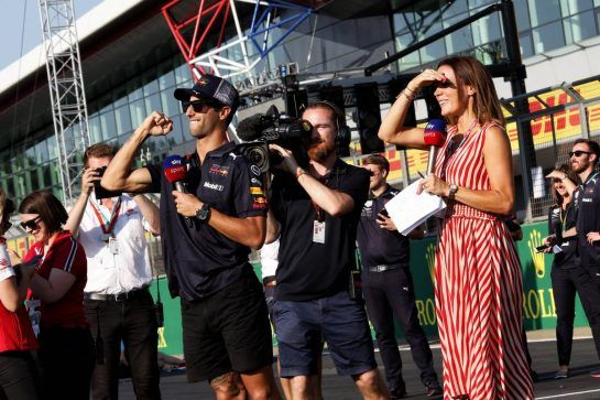Daniel Ricciardo (AUS) Red Bull Racing with Natalie Pinkham (GBR) Sky Sports Presenter. 05.07.2018. Formula 1 World Championship, Rd 10, British Grand Prix, Silverstone, England, Preparation Day.  - www.xpbimages.com, EMail: requests@xpbimages.com - copy of publication required for printed pictures. Every used picture is fee-liable. © Copyright: Bearne / XPB Images