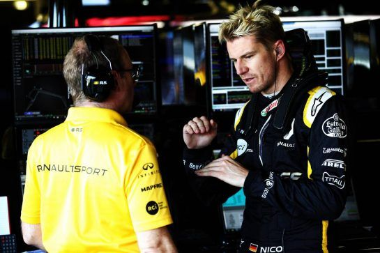 Nico Hulkenberg (GER) Renault Sport F1 Team with Mark Slade (GBR) Renault Sport F1 Team Race Engineer. 06.07.2018. Formula 1 World Championship, Rd 10, British Grand Prix, Silverstone, England, Practice Day. - www.xpbimages.com, EMail: requests@xpbimages.com - copy of publication required for printed pictures. Every used picture is fee-liable. © Copyright: Batchelor / XPB Images