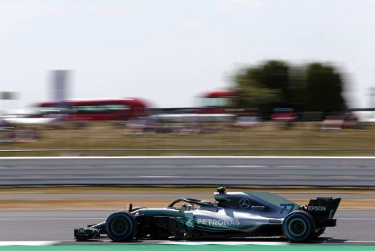 Valtteri Bottas (FIN) Mercedes AMG F1 06.07.2018. Formula 1 World Championship, Rd 10, British Grand Prix, Silverstone, England, Practice Day.- www.xpbimages.com, EMail: requests@xpbimages.com - copy of publication required for printed pictures. Every used picture is fee-liable. © Copyright: Charniaux / XPB Images