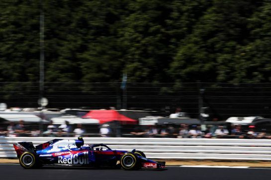Pierre Gasly (FRA) Scuderia Toro Rosso STR13. 07.07.2018. Formula 1 World Championship, Rd 10, British Grand Prix, Silverstone, England, Qualifying Day. - www.xpbimages.com, EMail: requests@xpbimages.com - copy of publication required for printed pictures. Every used picture is fee-liable. © Copyright: Moy / XPB Images