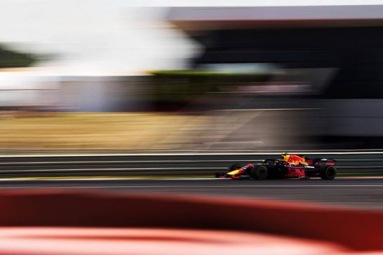Max Verstappen (NLD) Red Bull Racing RB14. 07.07.2018. Formula 1 World Championship, Rd 10, British Grand Prix, Silverstone, England, Qualifying Day.  - www.xpbimages.com, EMail: requests@xpbimages.com - copy of publication required for printed pictures. Every used picture is fee-liable. © Copyright: Rew / XPB Images