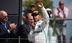 2nd place Lewis Hamilton (GBR) Mercedes AMG F1 W09.