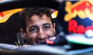 Bold Ricciardo joins Renault Sport F1 for the 2019 season!