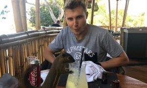 Sirotkin welcomes some wildlife for lunch