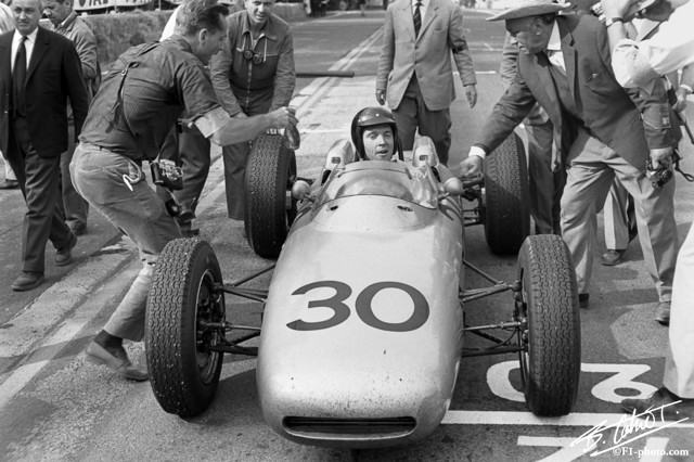 Gurney-Hill-Phil_1962_France_01_BC