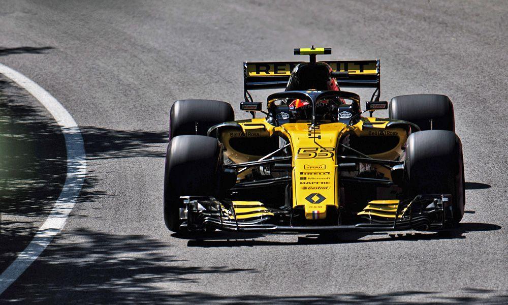 Carlos Sainz Jr (ESP) Renault Sport F1