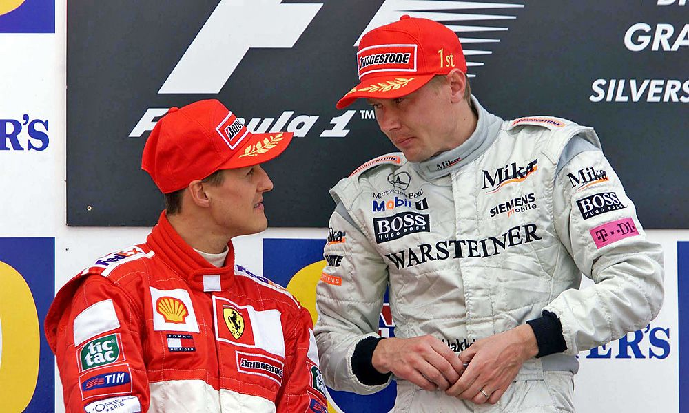 15.07.2001 Silverstone, GB, Michael Schumacher und Mika Hakkinen